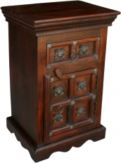 Colonial style side cabinet, chest of drawers, bedside cabinet R8..