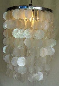 Ceiling Lamp/Ceiling Lamp, Shell Lamp made of hundreds of capiz, mother of pearl plates - Model Samoa chrome - 40x30x30 cm